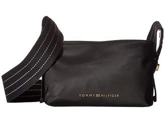 Tommy Hilfiger Triple Comp Nylon Crossbody