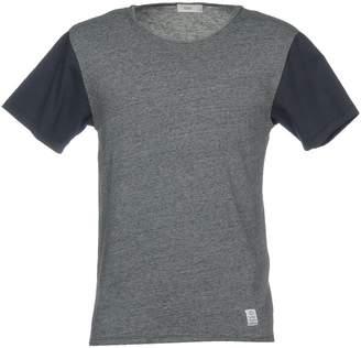 Closed T-shirts
