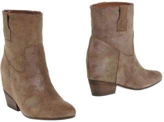 Janet & Janet Ankle boots - Item 11258923UK