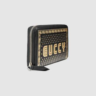 Gucci Guccy zip around wallet