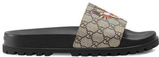 Gucci GG Supreme Angry Cat slides