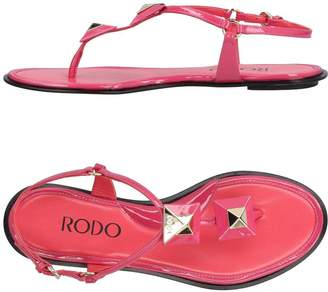 Rodo Toe strap sandals