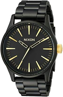 Nixon Sentry 38 SS A450-1041-00. Men's Watch (38mm Watch Case. 21-18mm Matte Black Stainless Steel Band)