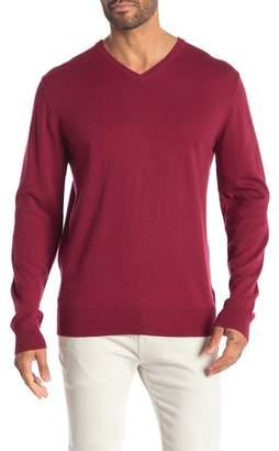 WALLIN & BROS Solid V-Neck Sweater