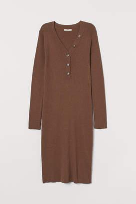 H&M MAMA Ribbed dress