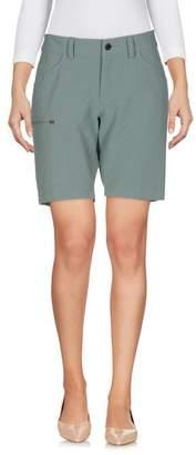 Peak Performance Bermuda shorts