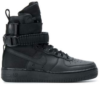 the latest 8a01d 35804 Nike SF Air Force 1 sneakers