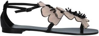 Lola Cruz Toe strap sandals