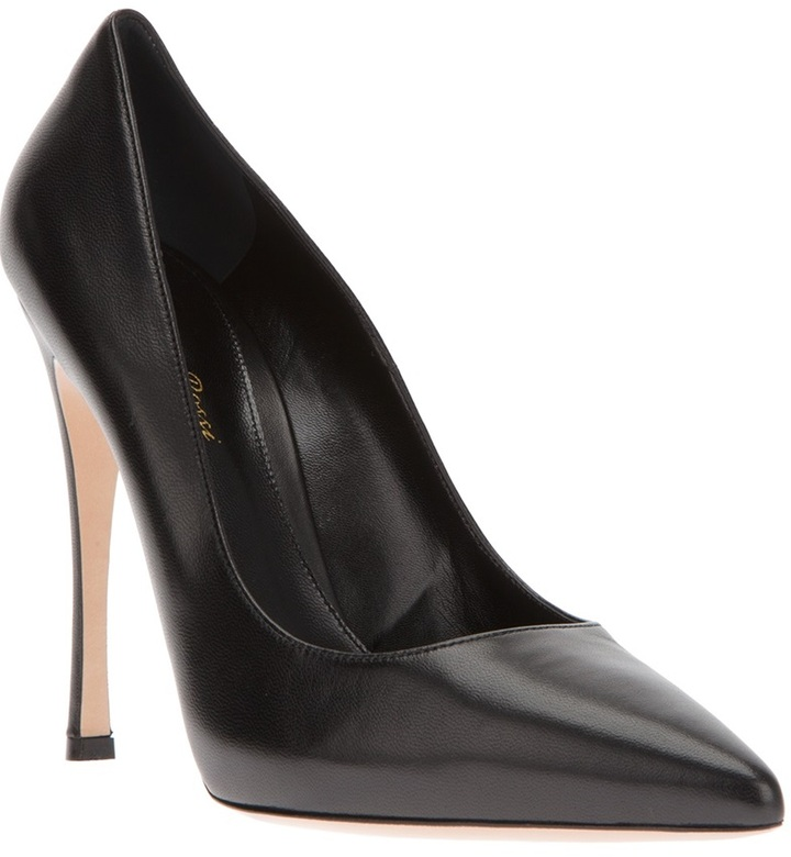 Gianvito Rossi pointed toe pump