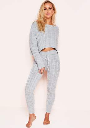 52a85c5d450c1 Missy Empire Missyempire Rene Grey Cable Knit Cropped Loungewear Set