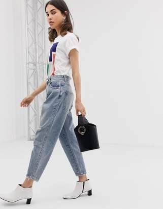 Asos Design DESIGN Balloon leg boyfriend jeans in light vintage wash
