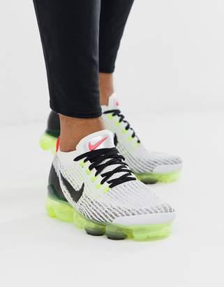 Nike Running Vapormax Flyknit 3.0 retro future trainers in white