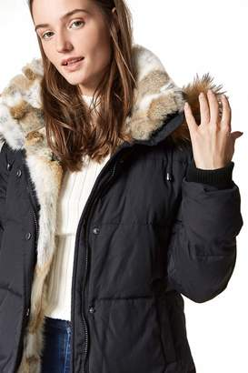 fda86963c5606 at Amazon Canada · Escalier Women s Long Hooded Thickened Down Coat Real Raccoon  Fur Collar Down Jacket Rabbit Fur Removable