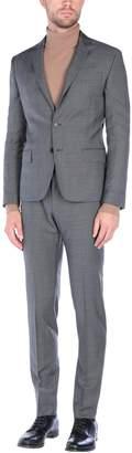 Verri Suits