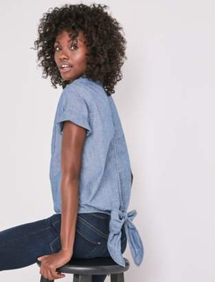 Lucky Brand CHAMBRAY TIED BUTTON UP SHIRT