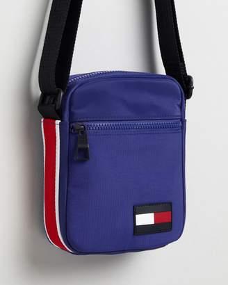 Tommy Hilfiger Sport Mix Mini Reporter Bag