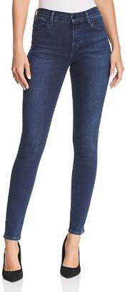 J Brand 620 Mid Rise Super Skinny Jeans in Phased