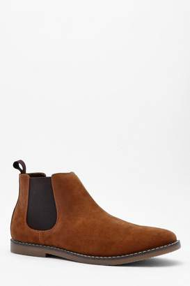 boohoo Gum Sole Faux Suede Chelsea Boot