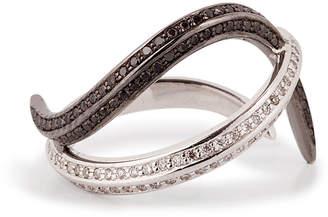 Nikos Koulis 18kt Gold Thumb Ring with Black and White Diamonds