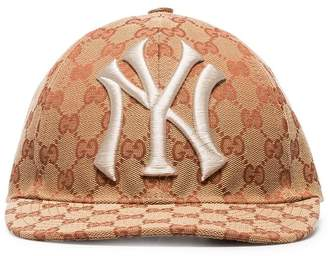 Gucci brown and white GG New York Yankees baseball cap