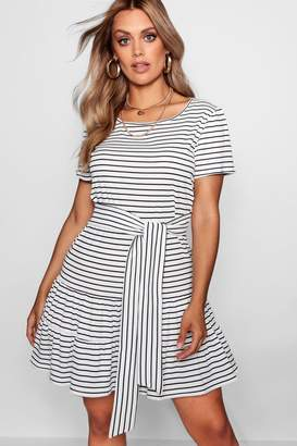 boohoo Plus Stripe Belted Tiered Smock Dress