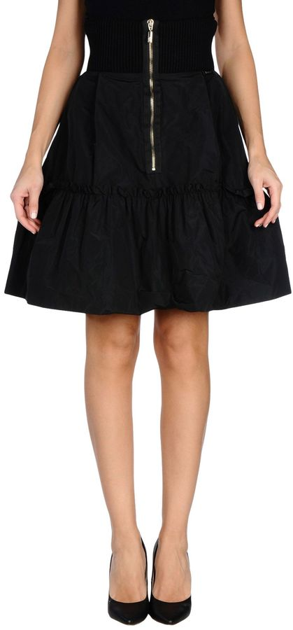MonclerMONCLER Knee length skirts