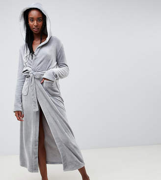Asos Tall DESIGN Tall supersoft fleece midi robe with contrast lining