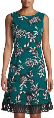 Julia Jordan Crochet-Trim Floral-Print A-Line Dress