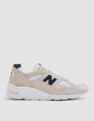 New Balance 990 Sneaker in White