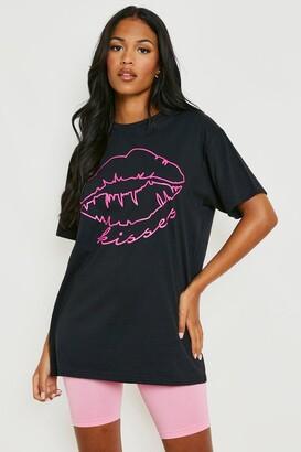 boohoo Tall Neon Lips Slogan T-Shirt