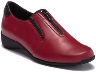 Munro American Berkley Slip-On Leather Sneaker - Multiple Widths Available