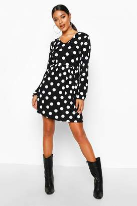 boohoo Spot V-Neck Smock Dress
