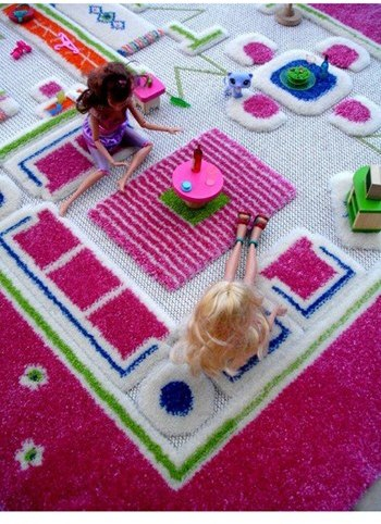 LUCA AND CO 'Playhouse' Play Rug