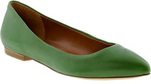 Banana Republic Carlie pointed toe flat