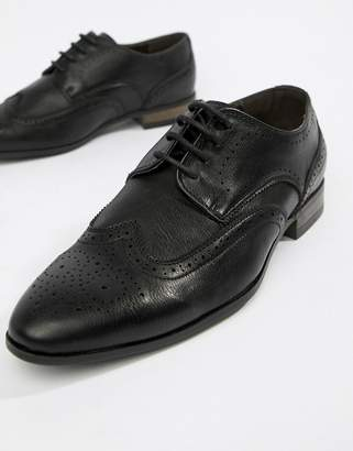 New Look Faux Leather Brogue In Black
