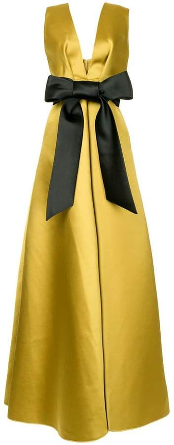 bow front gown