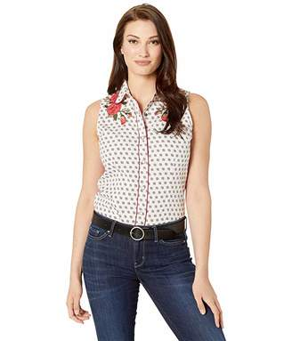 Rock and Roll Cowgirl Sleeveless Snap Shirt B5S1139