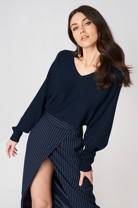 Na Kd Trend Short Batwing Sweater