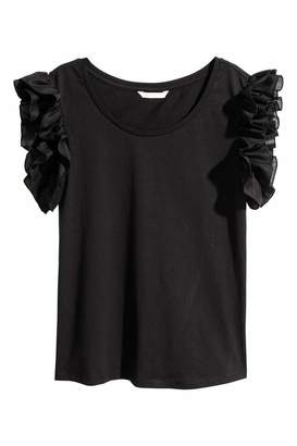 H&M Top with Ruffled Sleeves