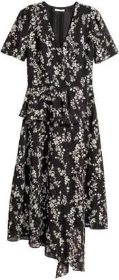 H&M Chiffon Dress with Flounce - Black