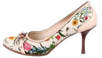 Gucci Floral Round-Toe Pumps