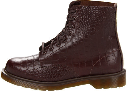 Dr. Martens Pascal 8-Tie Boot