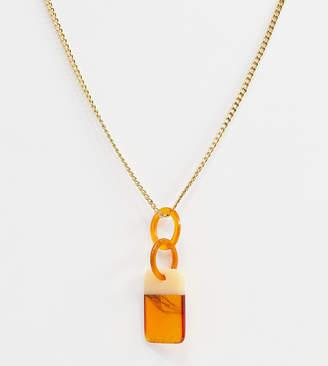 Glamorous tortoiseshell statement pendant necklace