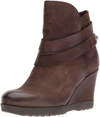 Miz Mooz Women's Narcissa Ankle Boot