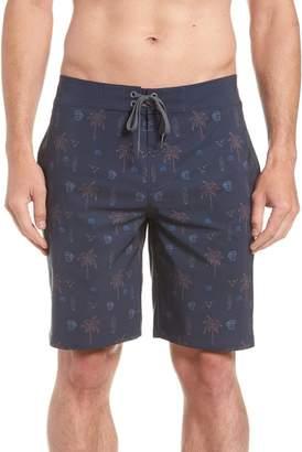 Travis Mathew Safari Regular Fit Board Shorts