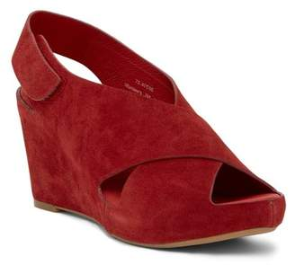 Johnston & Murphy Tori Cross Strap Wedge Sandal