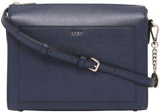 DKNY R74E3005 Bryant Zip Top Crossbody Bag