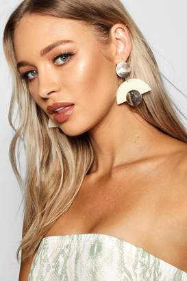 boohoo Gold Contrast Resin Earrings