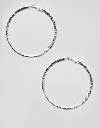 Missguided large textured hoop earring in silver