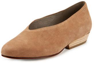 Eileen Fisher SABIN PUMP $195 thestylecure.com